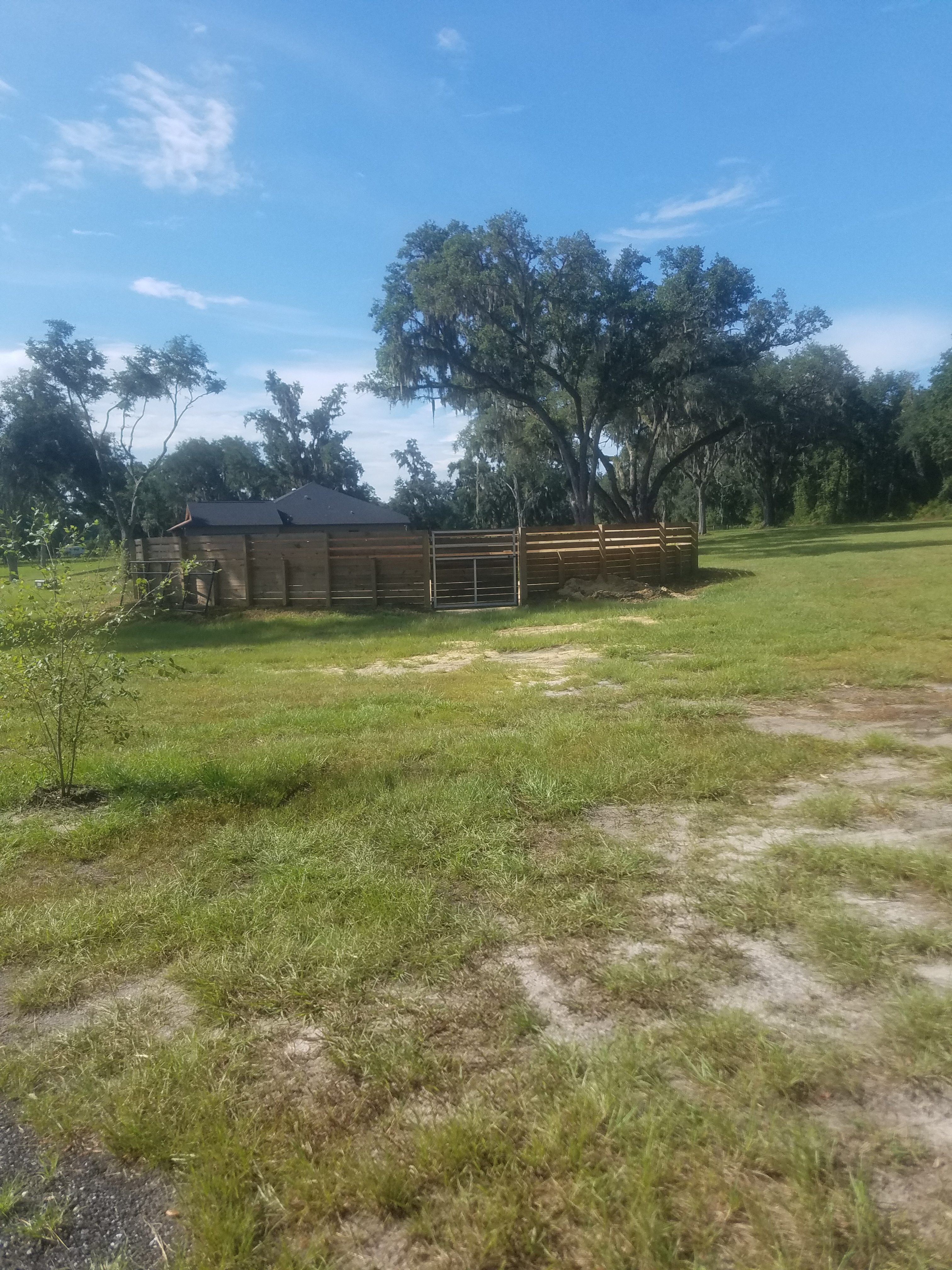 premier horse boarding facility located in the heart of Northwest Ocala. Just minutes from the World Equestrian Center and HITS!