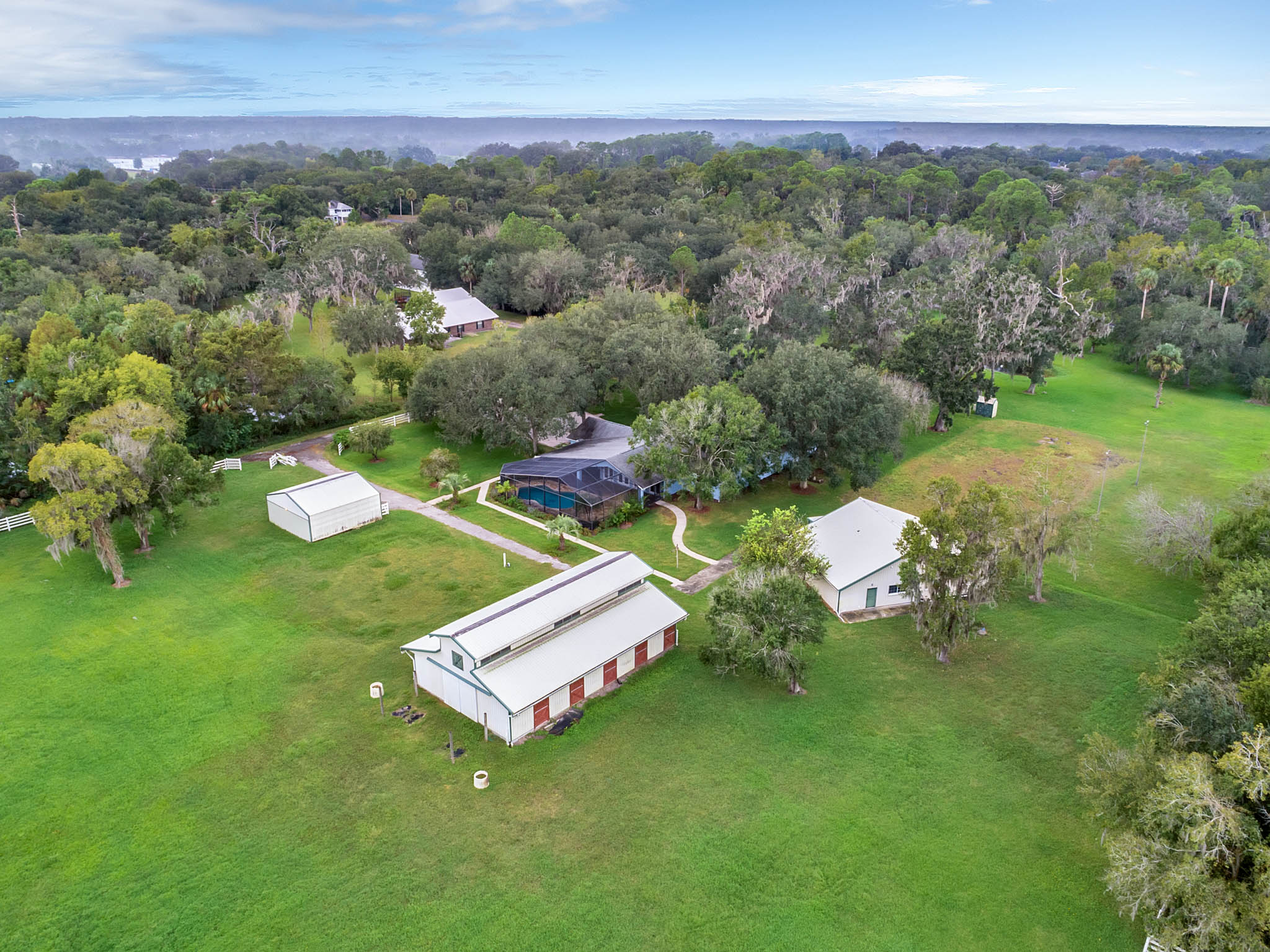 PRIVATE EQUESTRIAN ESTATE IN SANFORD